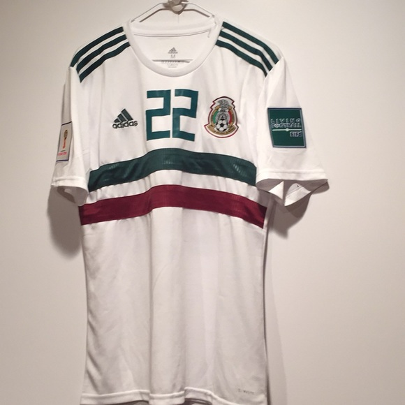 the best attitude ad91d afcdc Mexico Soccer Jersey Lozano NWT